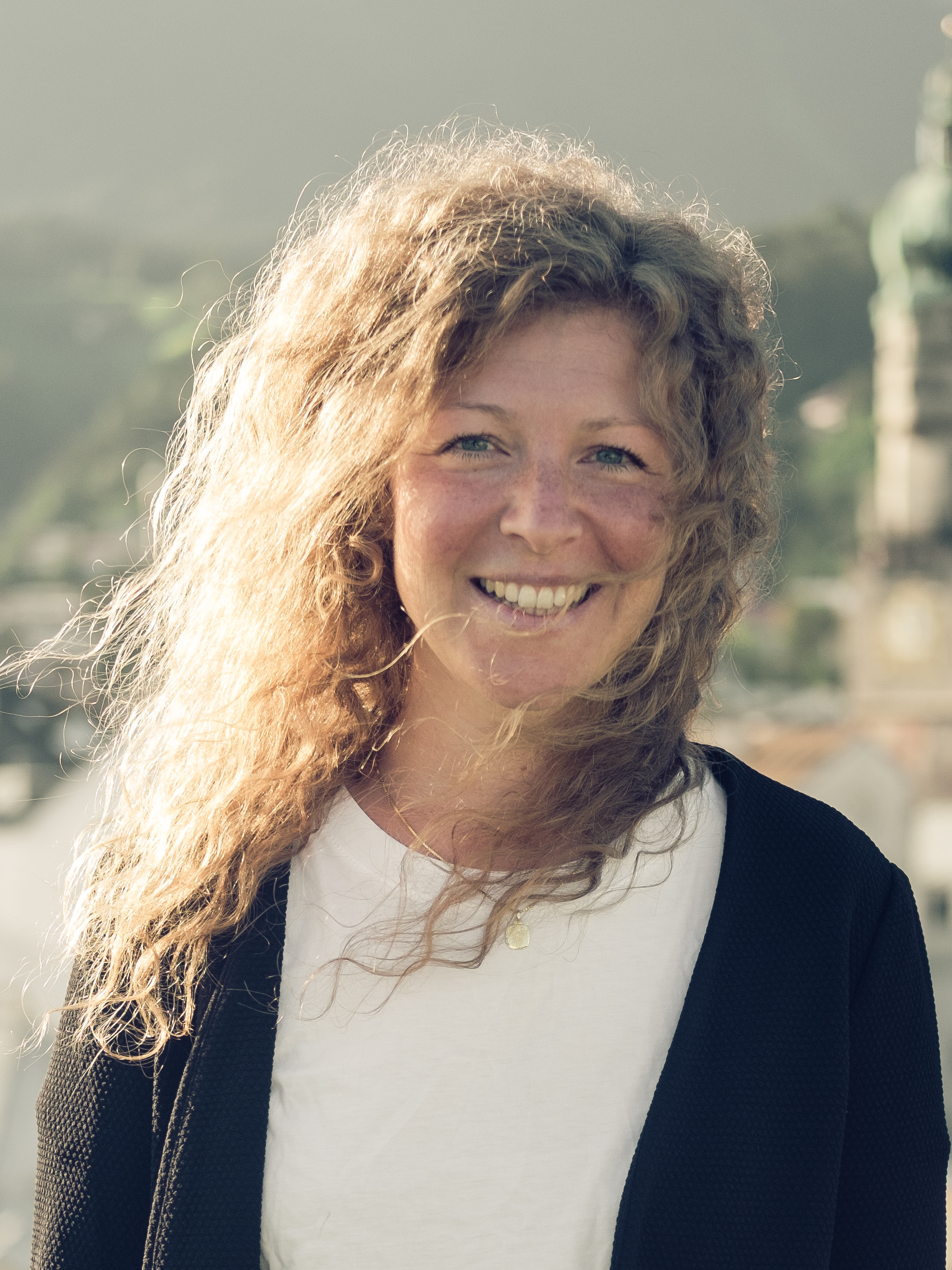 Verean Schröder, Verena Schroeder, Shared Environment